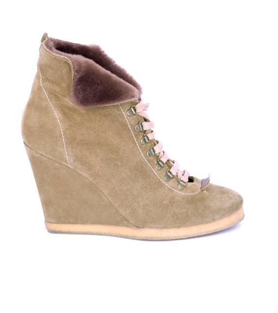 chaussures femme sandro automne hiver 2010 2011 la collection. Black Bedroom Furniture Sets. Home Design Ideas