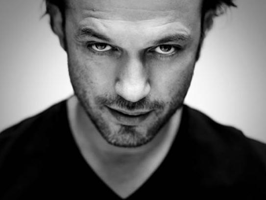 Vincent-Perez-pour-IKKS-printemps-ete-2010 dans mes acteurs favoris