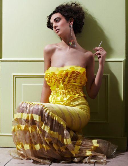 ������ ���� ������ ������2012 ����� collection-femme-automne-hiver-2009-2010-jeremy-bueno-robe-de-soiree-jaune-soleil.jpg